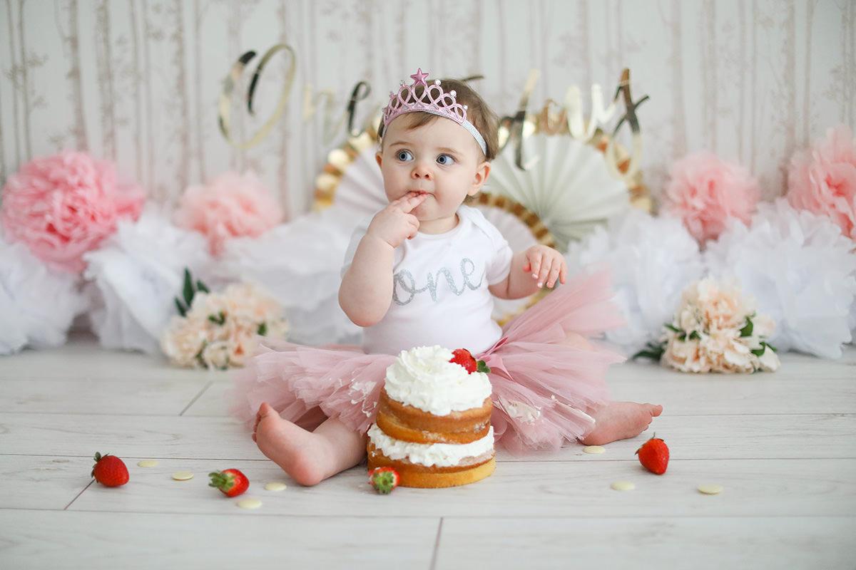 cake smash pink tutu