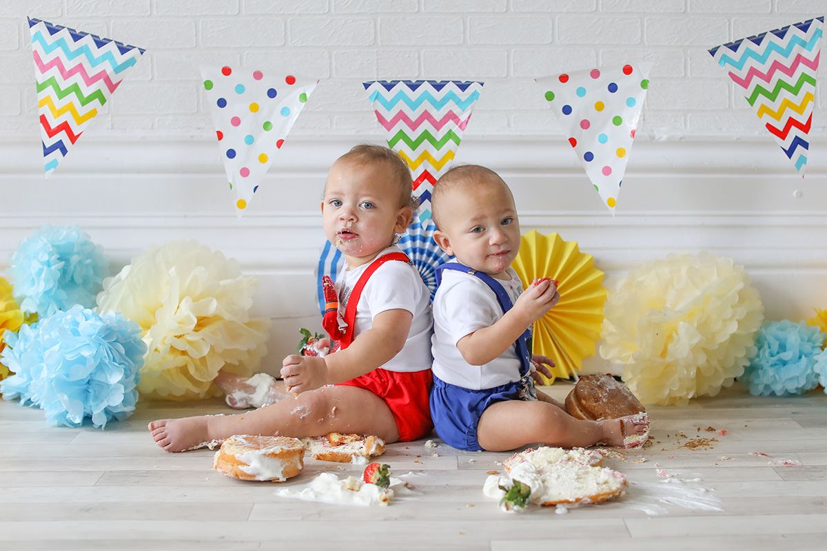 cake smash twins photography
