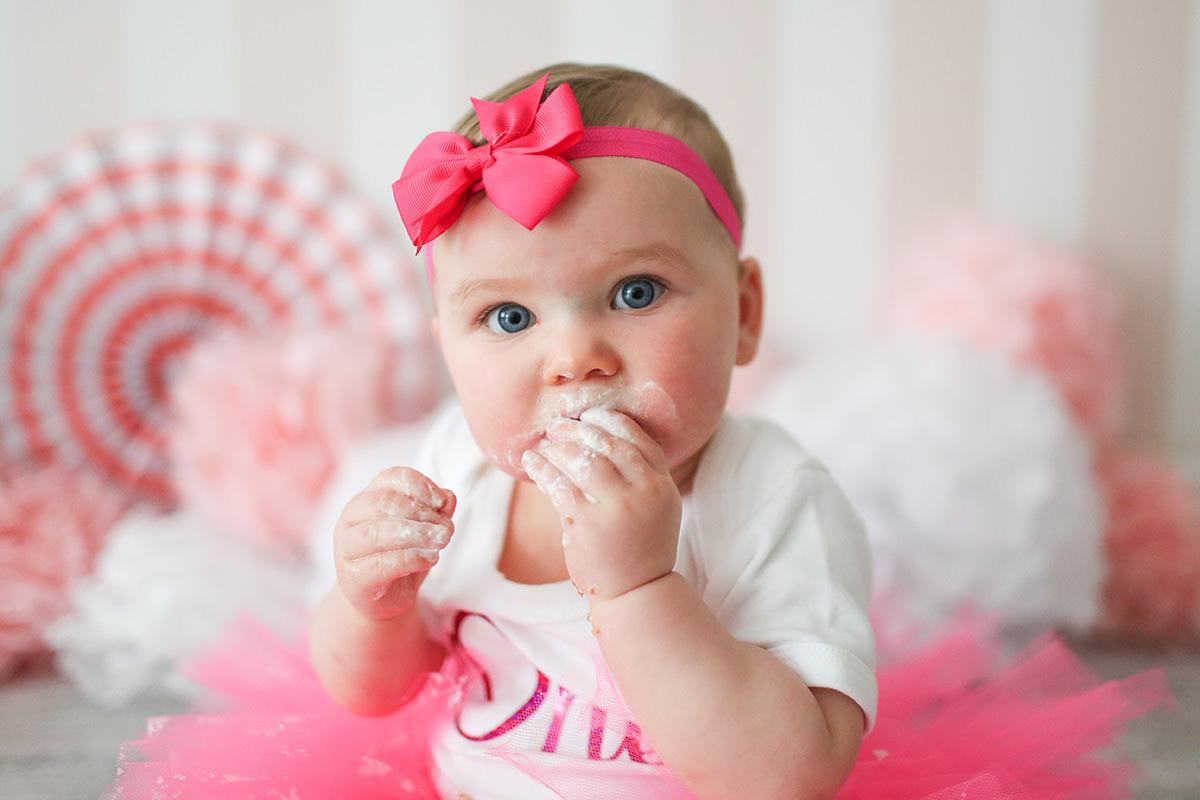 cake smash pink bow