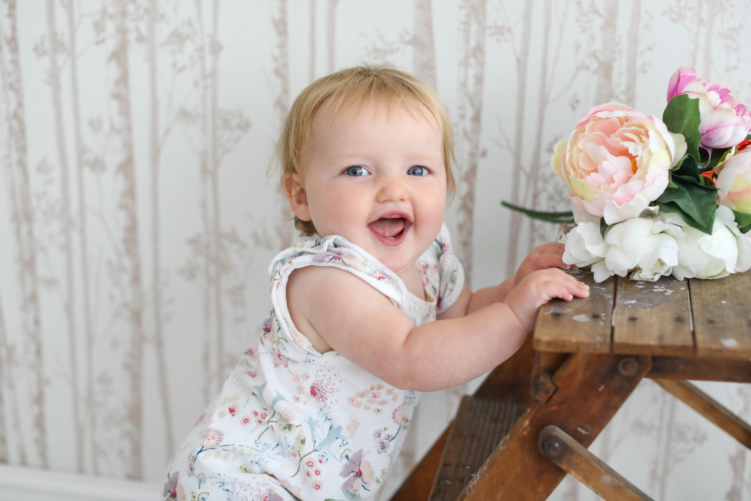 Baby and Toddler Photography laughing